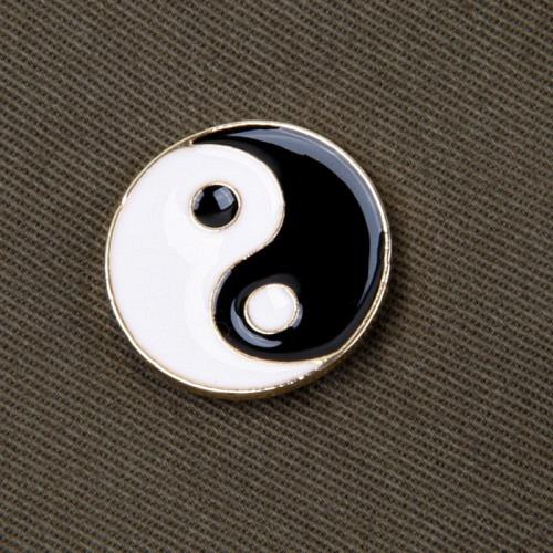 Pin «YINYANG»