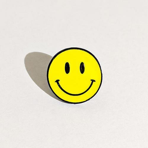 Pin «SMILEY»